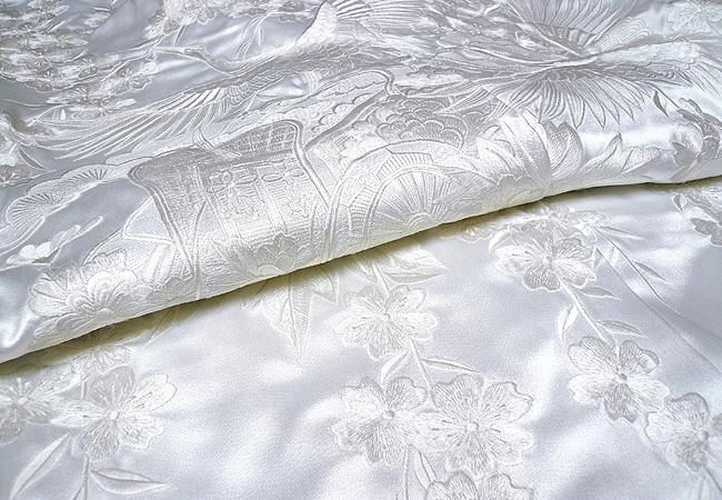 白無垢 刺繍枝垂れ桜鶴に御所車